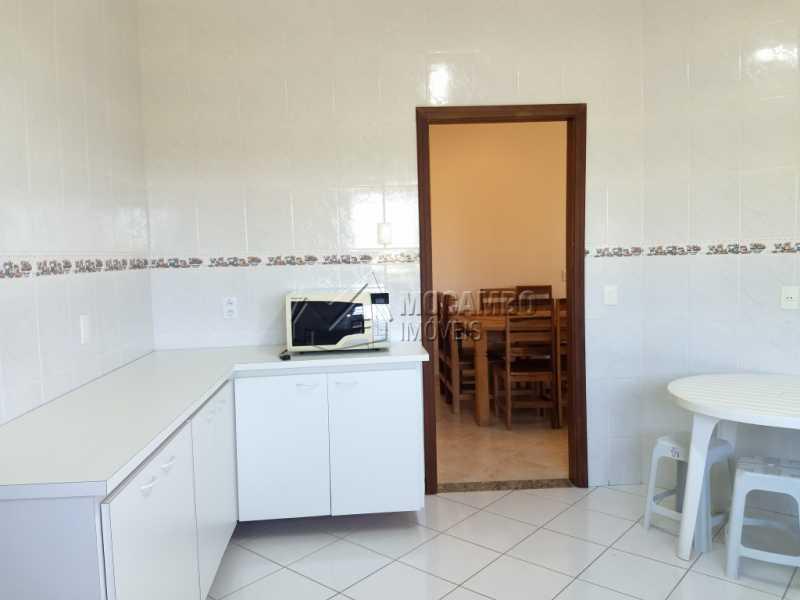 Cozinha - Casa Para Alugar no Condomínio Capela do Barreiro - Capela do Barreiro - Itatiba - SP - FCCN30317 - 12