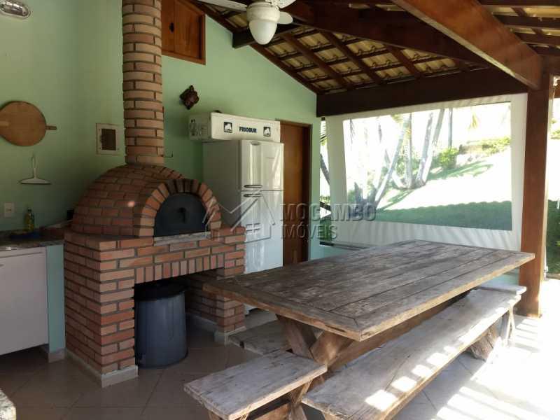 Área de Churrasqueira - Casa Para Alugar no Condomínio Capela do Barreiro - Capela do Barreiro - Itatiba - SP - FCCN30317 - 21
