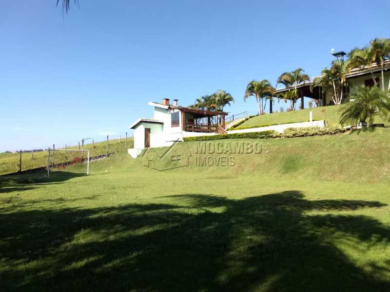 Área Externa - Casa Para Alugar no Condomínio Capela do Barreiro - Capela do Barreiro - Itatiba - SP - FCCN30317 - 7