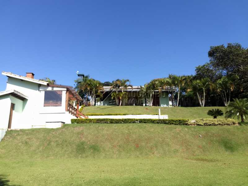 Área Externa - Casa Para Alugar no Condomínio Capela do Barreiro - Capela do Barreiro - Itatiba - SP - FCCN30317 - 5