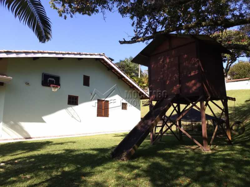 Área Externa - Casa Para Alugar no Condomínio Capela do Barreiro - Capela do Barreiro - Itatiba - SP - FCCN30317 - 9