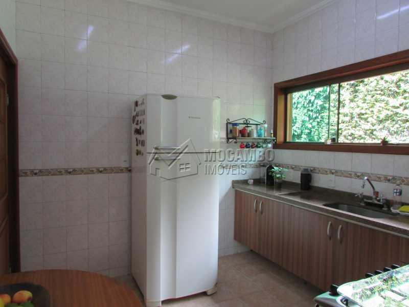 Cozinha - Casa À Venda no Condomínio Ville Chamonix - Jardim Nossa Senhora das Graças - Itatiba - SP - FCCN40103 - 29
