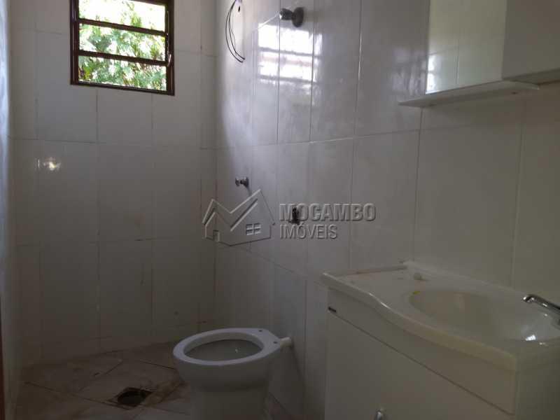 Banheiro Social - Casa 2 Quartos Para Alugar Itatiba,SP Centro - R$ 1.000 - FCCA20935 - 7
