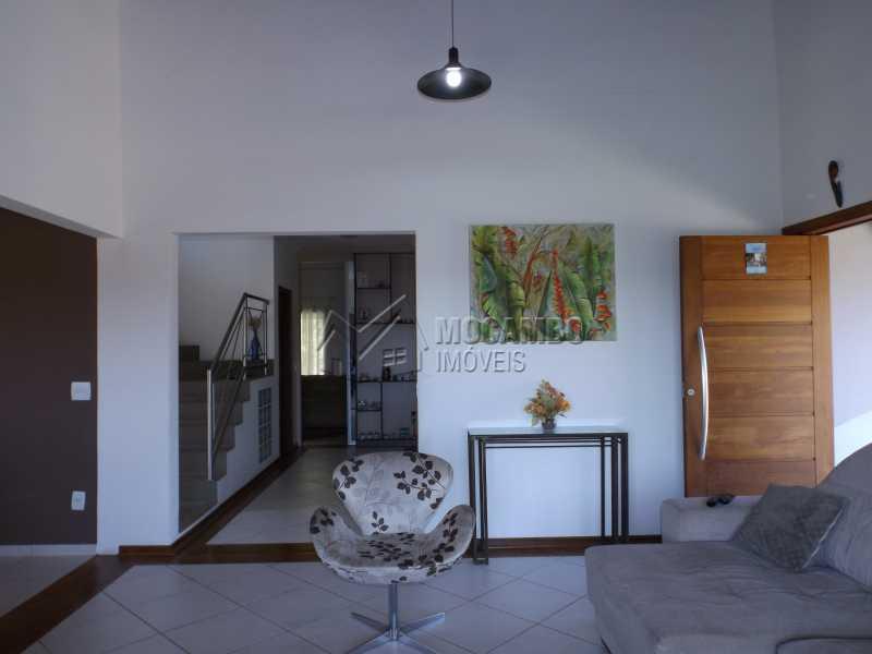 Sala - Casa Para Venda ou Aluguel no Condomínio Cachoeiras do Imaratá - Real Parque Dom Pedro I - Itatiba - SP - FCCN30322 - 6