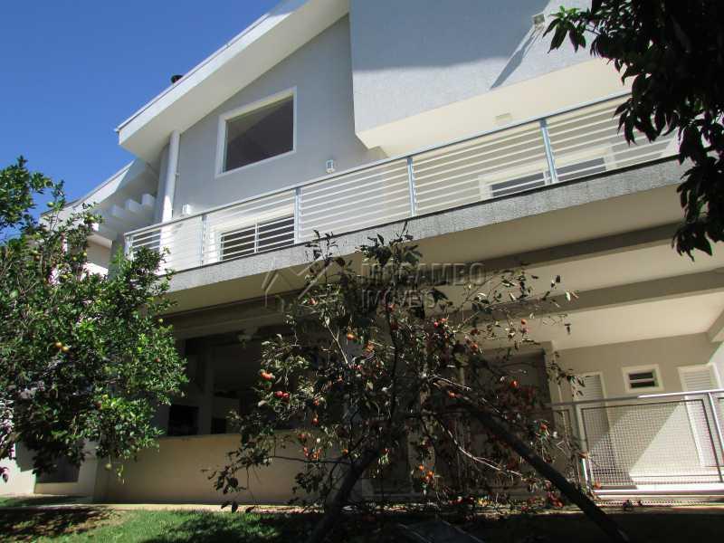 Pomar Produzindo - Casa À Venda no Condomínio Itatiba Country Club - Residencial Fazenda Serrinha - Itatiba - SP - FCCN50018 - 1