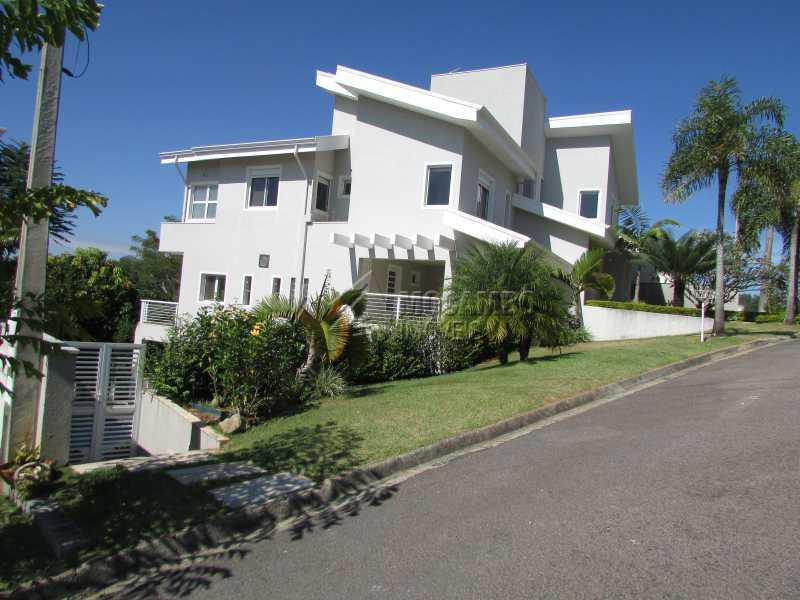 Lateral - Casa À Venda no Condomínio Itatiba Country Club - Residencial Fazenda Serrinha - Itatiba - SP - FCCN50018 - 3