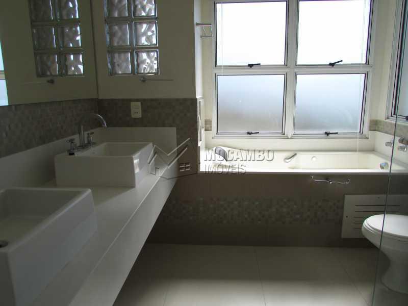 Suíte Master - Casa À Venda no Condomínio Itatiba Country Club - Residencial Fazenda Serrinha - Itatiba - SP - FCCN50018 - 12