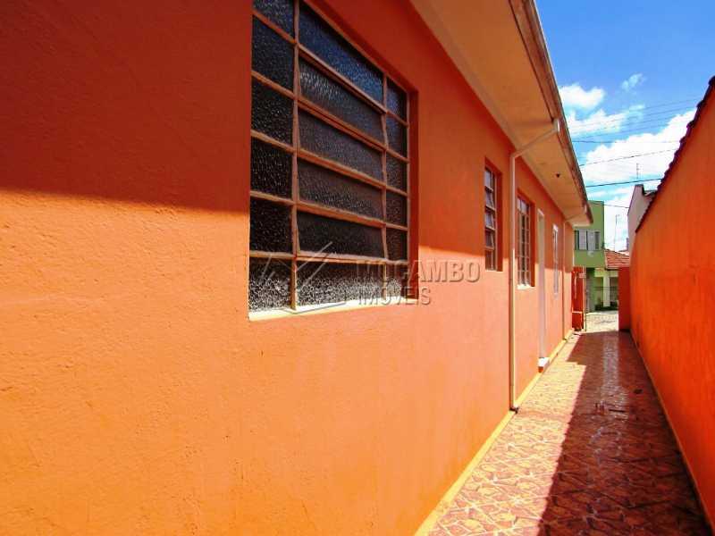 Corredor - Casa 2 Quartos À Venda Itatiba,SP Vila Mutton - R$ 250.000 - FCCA20953 - 13