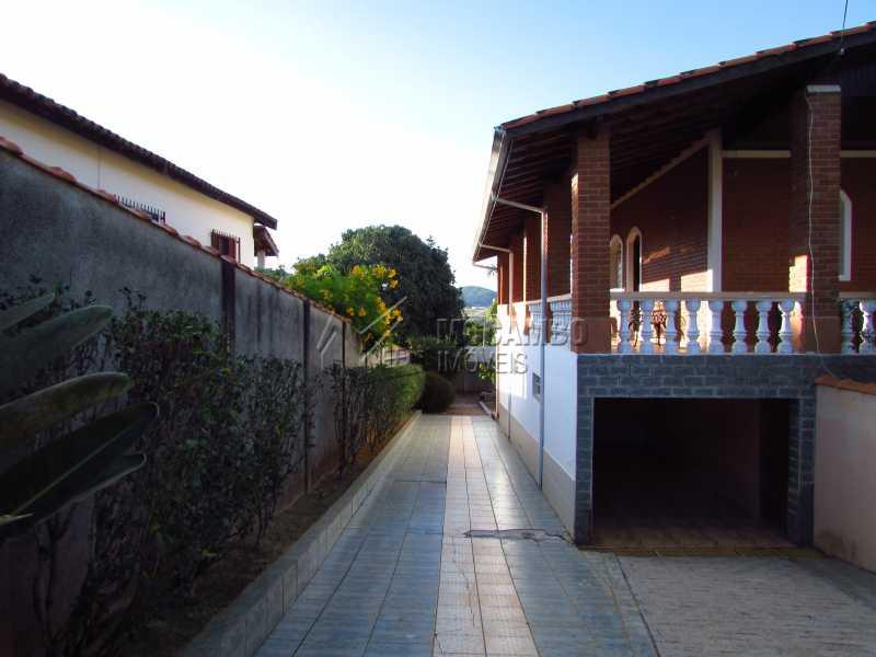 Entrada - Casa em Condomínio 4 Quartos À Venda Itatiba,SP - R$ 850.000 - FCCN40106 - 4