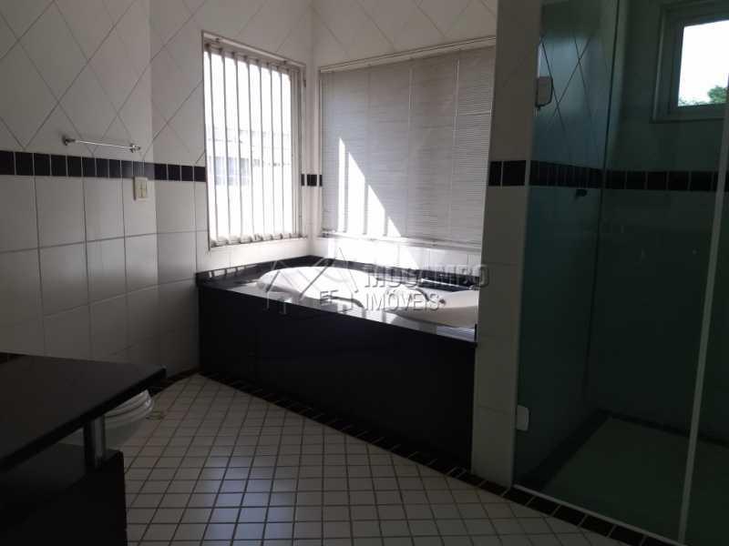 Banheiro Suíte 03 - Casa em Condominio Para Alugar - Itatiba - SP - Bairro do Engenho - FCCN30328 - 18