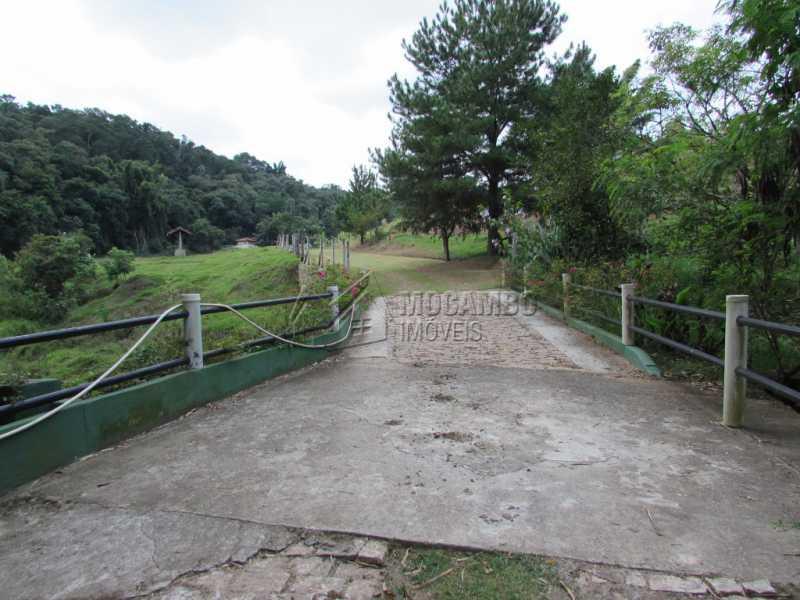 Acesso sede - Sítio Itatiba, Bairro dos Pintos, SP À Venda, 3 Quartos, 816m² - FCSI30003 - 7