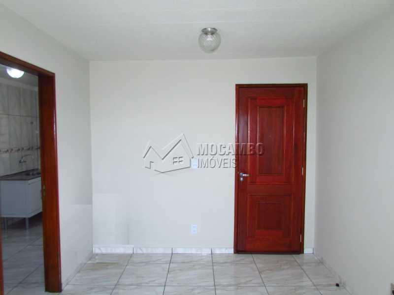 Sala - Apartamento Residencial Beija-Flor - Condomínio A , Itatiba, Residencial Beija Flor, SP Para Alugar, 3 Quartos, 55m² - FCAP30420 - 7
