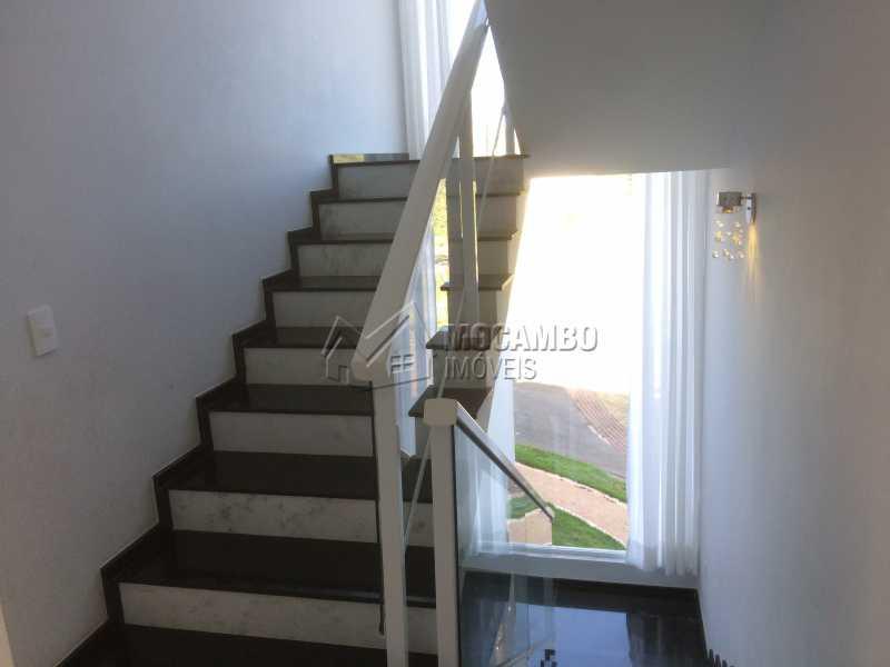 Escadas - Casa em Condominio em condomínio À Venda - Condomínio Ville de France - Itatiba - SP - Jardim Nossa Senhora das Graças - FCCN30333 - 17