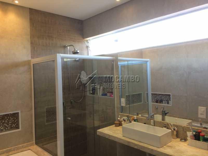 Banheiro suíte - Casa em Condominio em condomínio À Venda - Condomínio Ville de France - Itatiba - SP - Jardim Nossa Senhora das Graças - FCCN30333 - 11