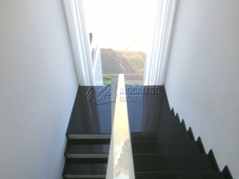 Escadas - Casa em Condominio em condomínio À Venda - Condomínio Ville de France - Itatiba - SP - Jardim Nossa Senhora das Graças - FCCN30333 - 18