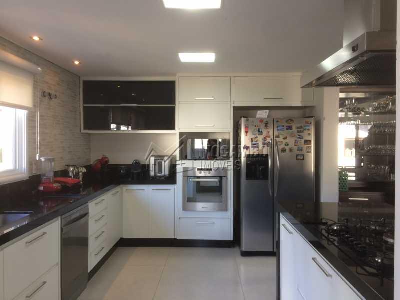Cozinha - Casa em Condomínio 5 Quartos À Venda Itatiba,SP - R$ 2.700.000 - FCCN50022 - 22