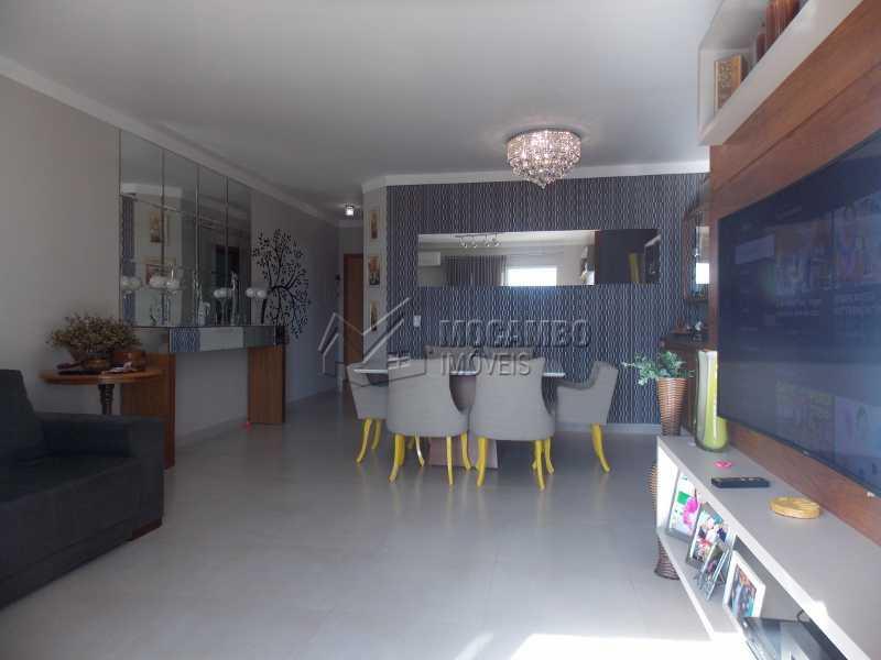 Sala - Apartamento Condomínio Edifício Raritá, Itatiba, Centro,Vila Santa Cruz, SP À Venda, 3 Quartos, 120m² - FCAP30436 - 11