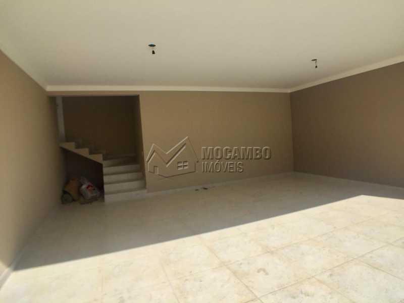 Garagem  - Casa À Venda no Condomínio Itatiba Country Club - Residencial Fazenda Serrinha - Itatiba - SP - FCCN30343 - 19