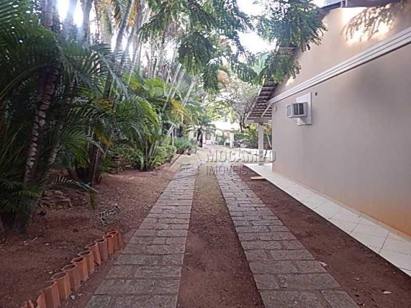 acesso garagem - Casa em Condominio À Venda - Itatiba - SP - Ville Chamonix - FCCN30344 - 22