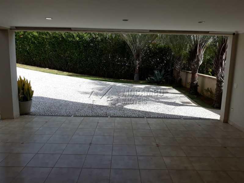 garagem coberta - Casa em Condominio À Venda - Itatiba - SP - Ville Chamonix - FCCN70007 - 10