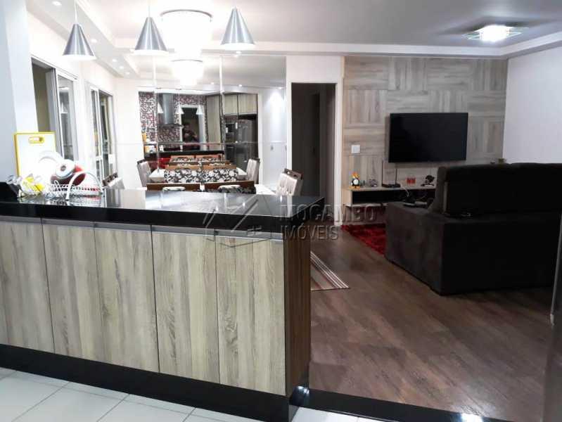 vista da cozinha para a sala - Apartamento 3 quartos à venda Itatiba,SP - R$ 840.000 - FCAP30441 - 19