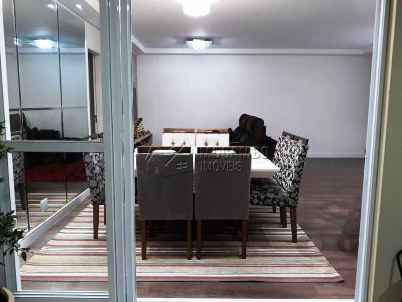 Vista da varanda para a sala - Apartamento 3 quartos à venda Itatiba,SP - R$ 840.000 - FCAP30441 - 20