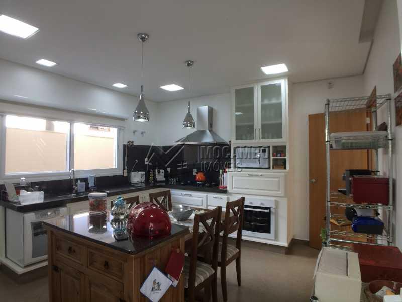Cozinha - Casa À Venda no Condomínio Terras de Santa Cruz - Jardim Alto de Santa Cruz - Itatiba - SP - FCCN30348 - 24