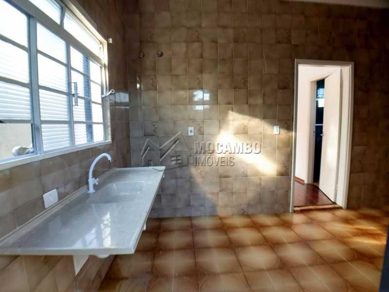 Cozinha Casa de Apoio - Casa em Condominio Para Alugar - Itatiba - SP - Bairro do Engenho - FCCN40116 - 21