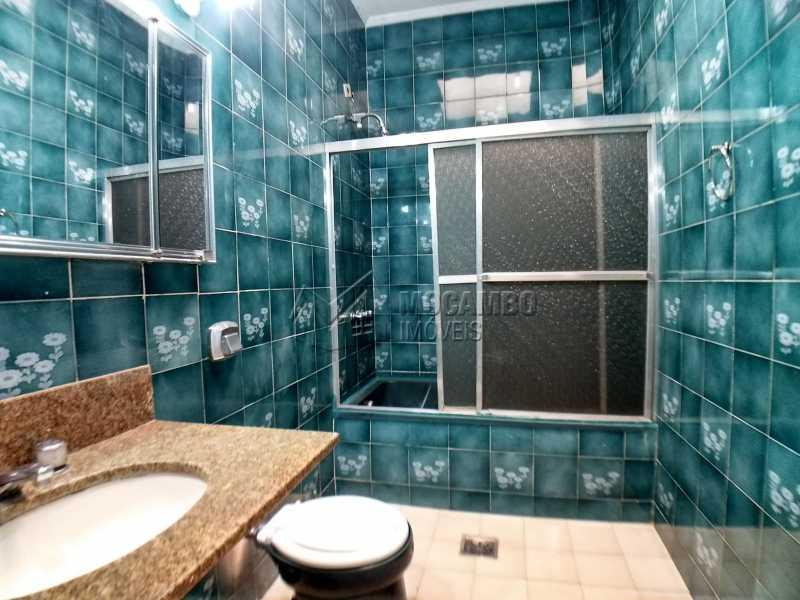Banheiro Suíte 01 - Casa em Condominio Para Alugar - Itatiba - SP - Bairro do Engenho - FCCN40116 - 11