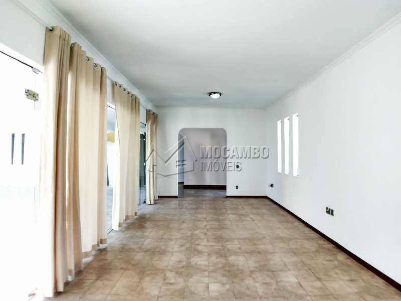 Sala de Estar - Casa em Condominio Para Alugar - Itatiba - SP - Bairro do Engenho - FCCN40116 - 4