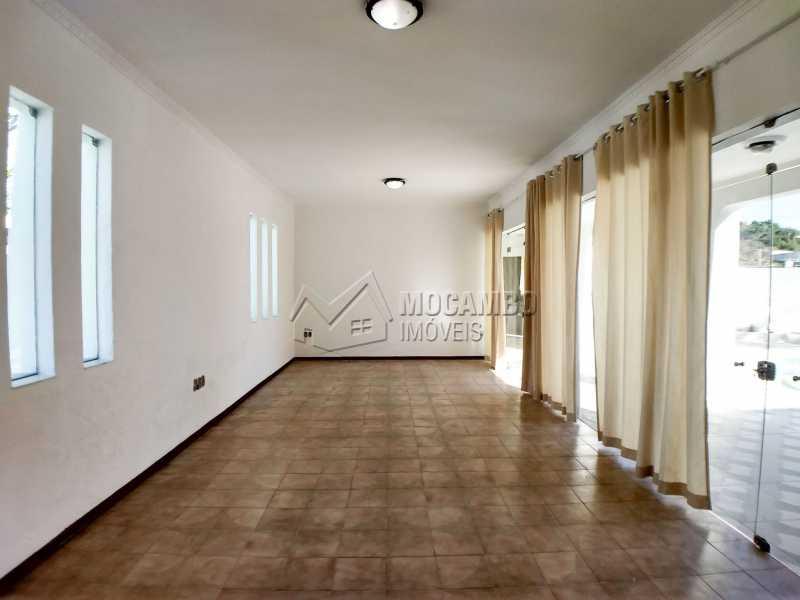 Sala de Estar - Casa em Condominio Para Alugar - Itatiba - SP - Bairro do Engenho - FCCN40116 - 3