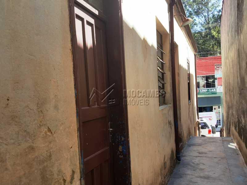 Lateral - Casa Comercial À Venda - Itatiba - SP - Centro - FCCC20009 - 5