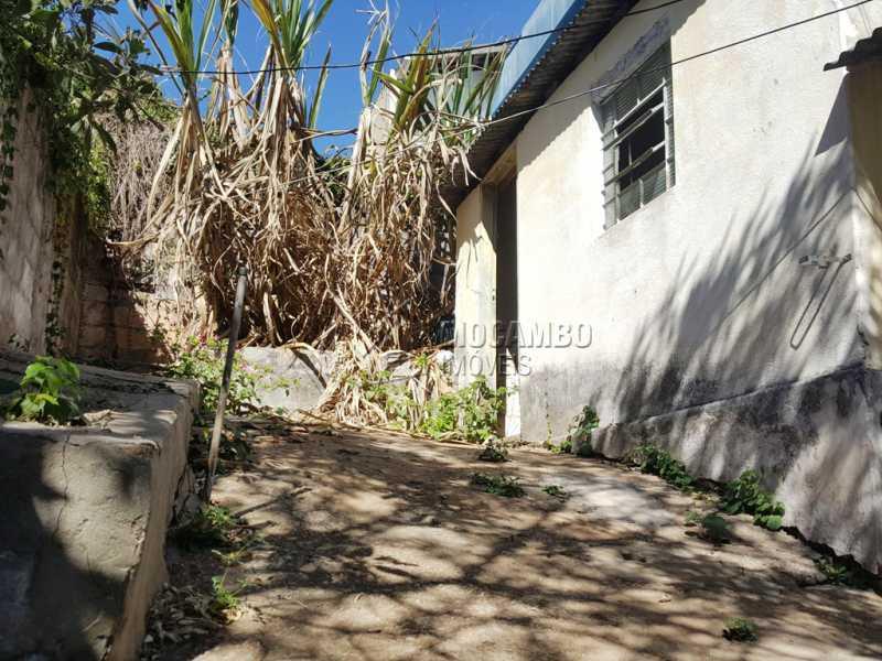 Fundos - Casa Comercial À Venda - Itatiba - SP - Centro - FCCC20009 - 10