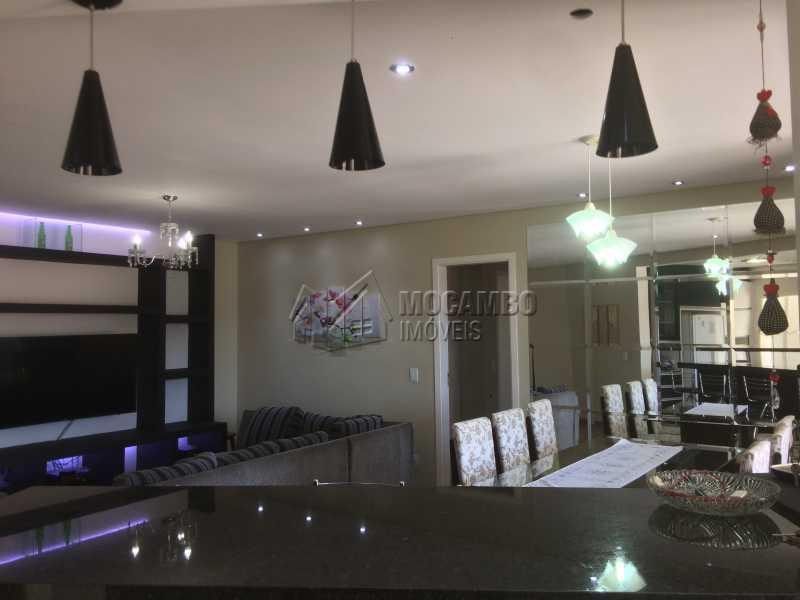 Living - Apartamento Condomínio Edifício Panorama, Rua Augusto Cioffi,Itatiba, Centro, SP À Venda, 3 Quartos, 118m² - FCAP30448 - 8