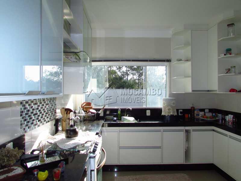 Cozinha - Casa em Condominio Para Venda ou Aluguel - Itatiba - SP - Residencial Fazenda Serrinha - FCCN30355 - 13