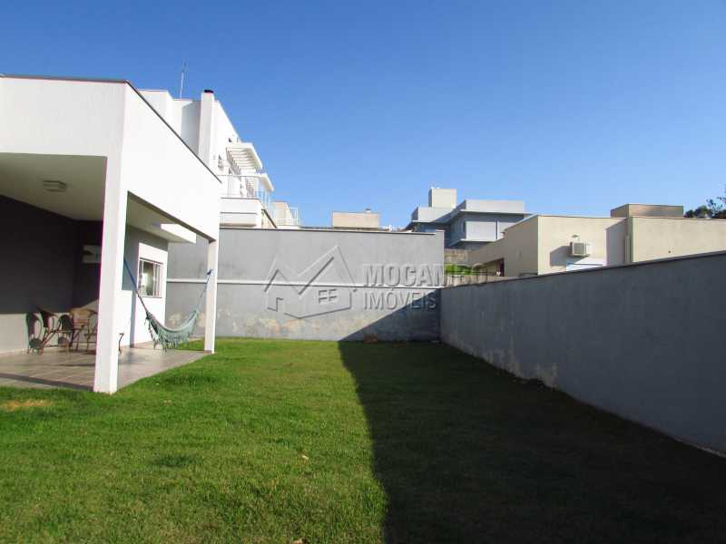 Quintal amplo - Casa em Condominio Para Venda ou Aluguel - Itatiba - SP - Residencial Fazenda Serrinha - FCCN30355 - 15