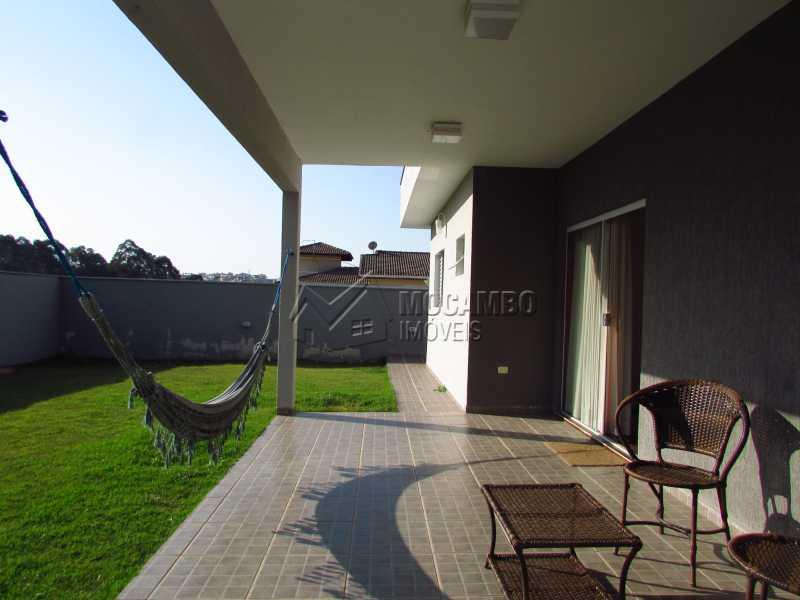 Varanda - Casa em Condominio Para Venda ou Aluguel - Itatiba - SP - Residencial Fazenda Serrinha - FCCN30355 - 17