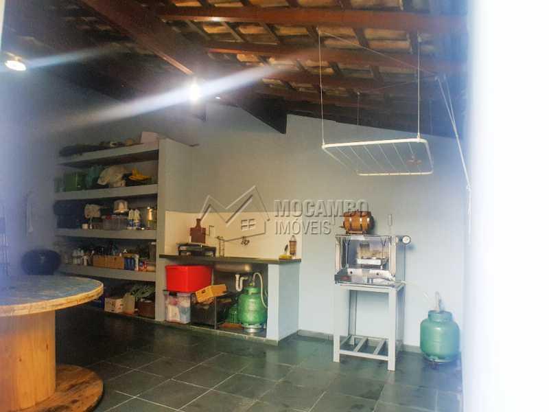 Fundos - Casa Itatiba, Vila São Caetano, SP À Venda, 3 Quartos, 152m² - FCCA31122 - 7