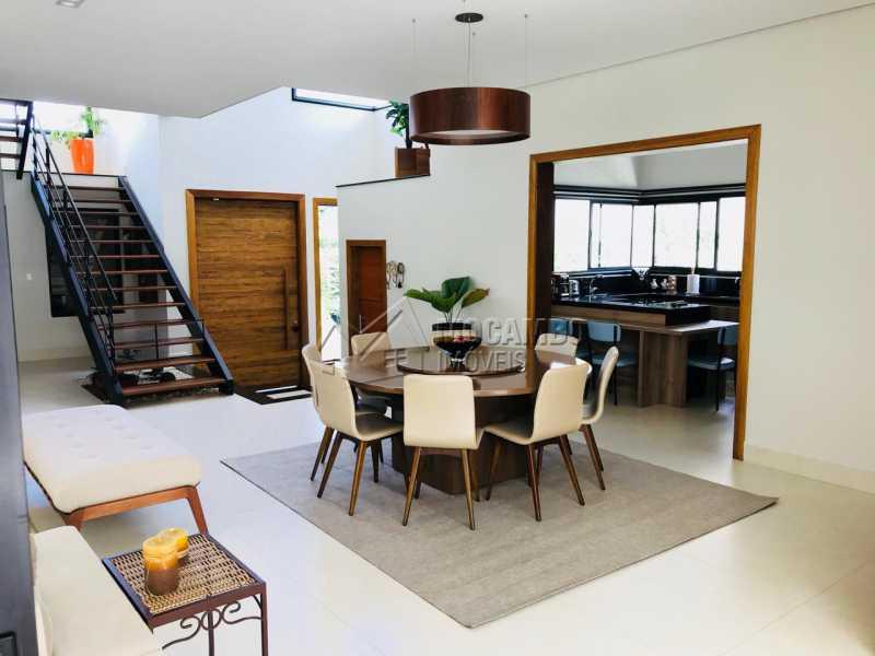 Sala  - Casa em Condomínio 4 Quartos À Venda Itatiba,SP - R$ 1.700.000 - FCCN40118 - 12