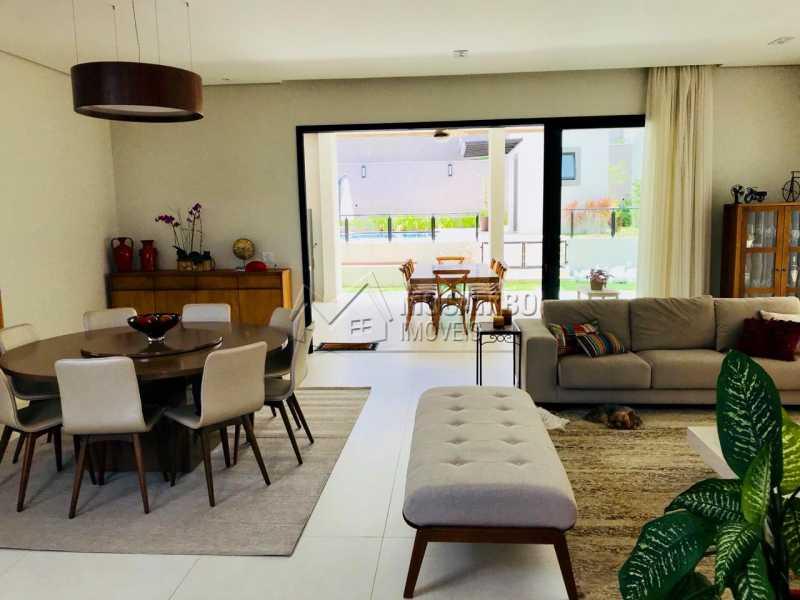 Sala  - Casa em Condomínio 4 Quartos À Venda Itatiba,SP - R$ 1.700.000 - FCCN40118 - 13