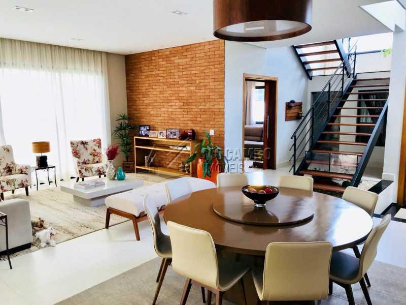 Sala  - Casa em Condomínio 4 Quartos À Venda Itatiba,SP - R$ 1.700.000 - FCCN40118 - 17