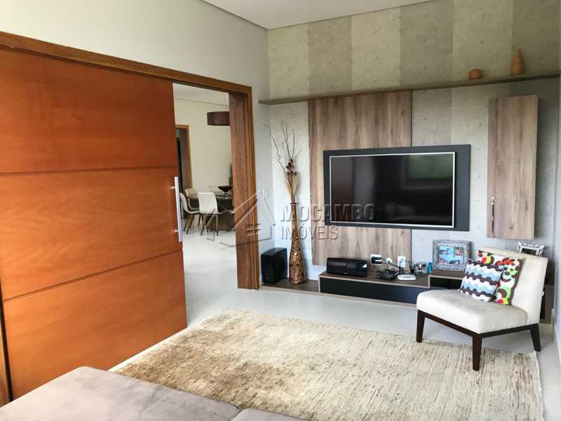 Sala de TV  - Casa em Condomínio 4 Quartos À Venda Itatiba,SP - R$ 1.700.000 - FCCN40118 - 18