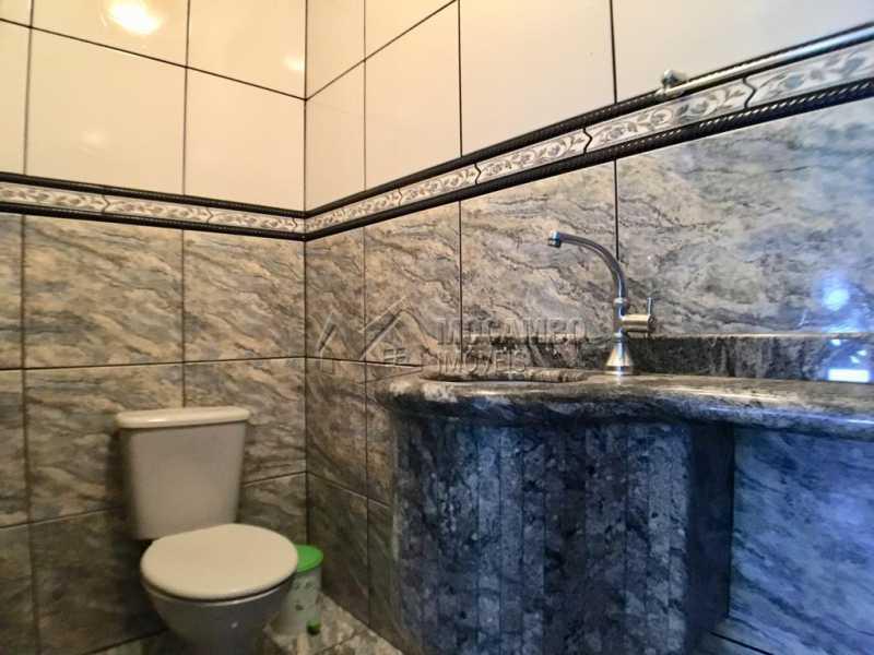Banheiro - Chácara À Venda - Itatiba - SP - Recanto da Paz - FCCH50009 - 23