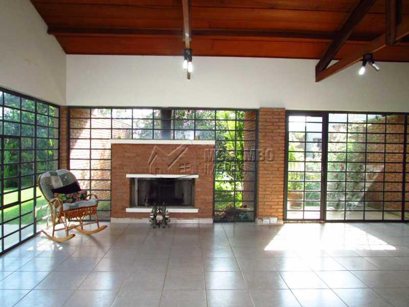 Sala ampla - Casa Para Alugar no Condomínio Itaembú - Sítio da Moenda - Itatiba - SP - FCCN30361 - 3