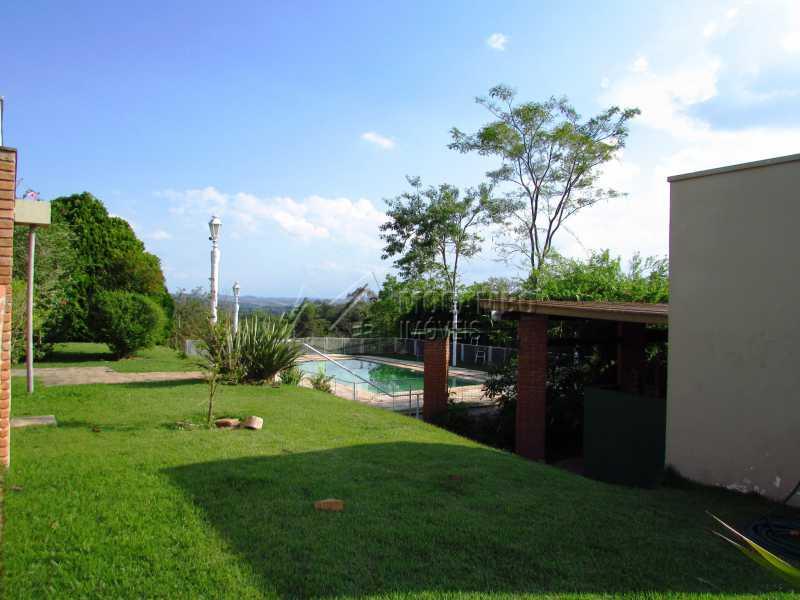 Quintal amplo - Casa Para Alugar no Condomínio Itaembú - Sítio da Moenda - Itatiba - SP - FCCN30361 - 1