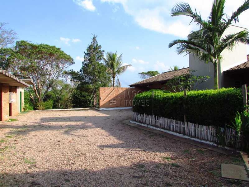 Entrada - Casa Para Alugar no Condomínio Itaembú - Sítio da Moenda - Itatiba - SP - FCCN30361 - 27