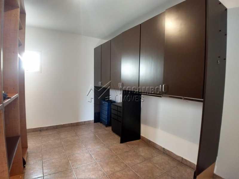 Closet - Casa em Condominio Para Alugar - Itatiba - SP - Residencial Fazenda Serrinha - FCCN40119 - 14