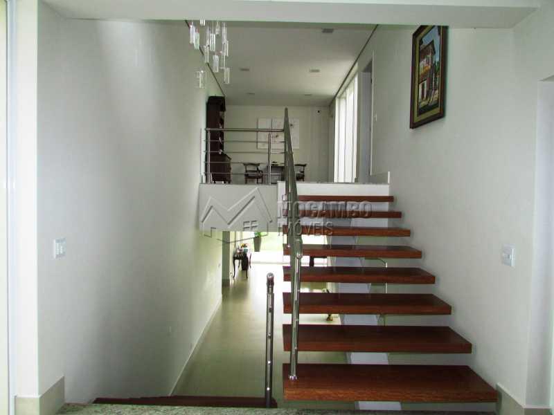 Escada - Casa em Condominio Para Alugar - Itatiba - SP - Jardim das Laranjeiras - FCCN30362 - 8