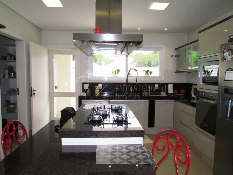 Cozinha - Casa em Condominio Para Alugar - Itatiba - SP - Jardim das Laranjeiras - FCCN30362 - 12