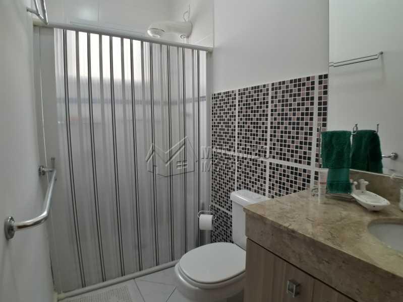 Banheiro da Suíte - Casa em Condominio À Venda - Itatiba - SP - Residencial Fazenda Serrinha - FCCN30365 - 12